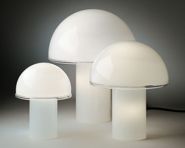 Design classic: 1970s Onfale table lamp by Luciano Vistosi