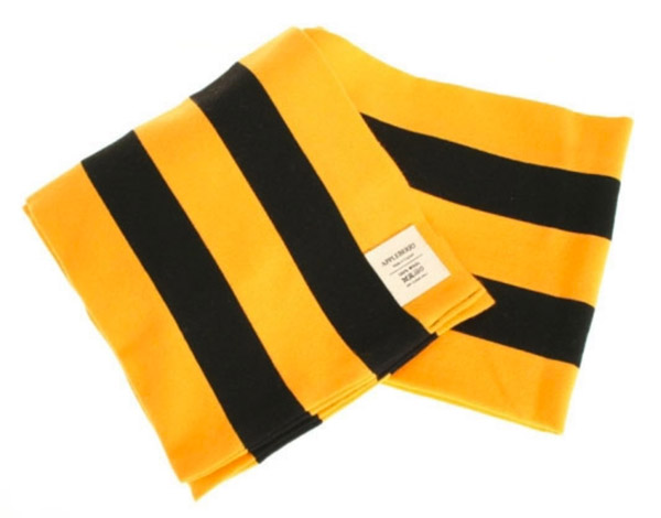 Appleberry college scarves in football colours