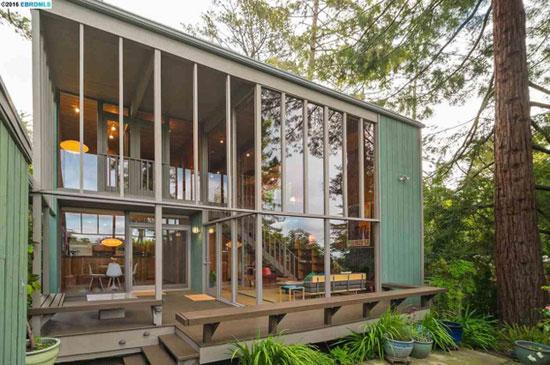 1960s Roger Lee-designed midcentury property in Kensington, California, USA
