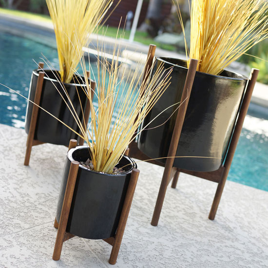 Midcentury-style planters by Atomic Martini