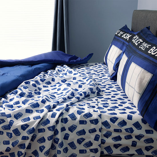 Doctor Who TARDIS bedding at ThinkGeek