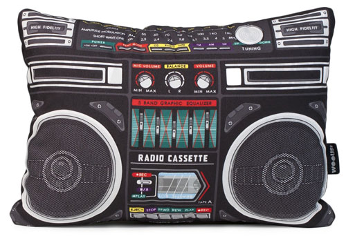 Wooufbox - a boombox-inspired cushion from Woouf
