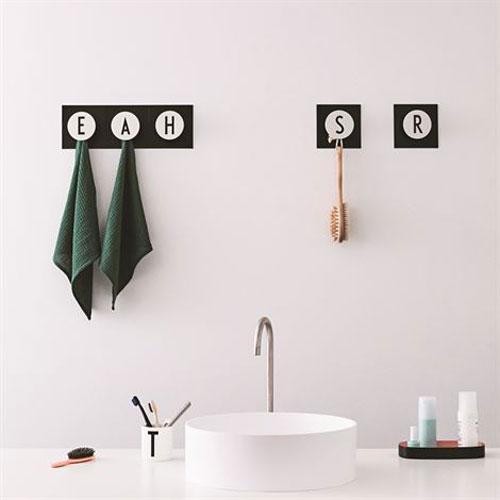 Arne Jacobsen Design Letters Hook2 Letter range