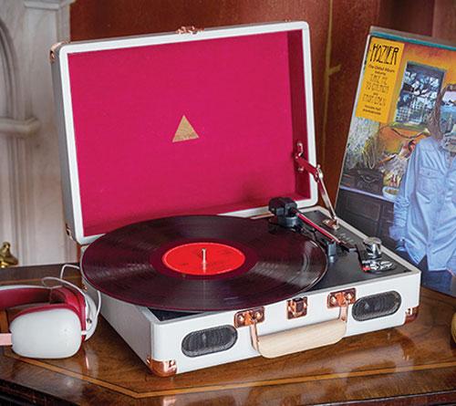 Elyxr retro-style portable record players at Monoqi