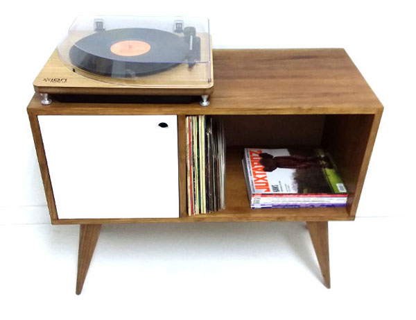 Midcentury-style record storage units by Vintage House Coruna
