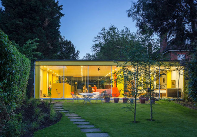 The most popular 1960s UK modernist house finds on the WowHaus website