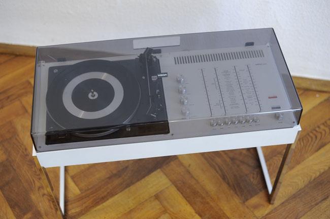 1970s Wega 3202 audio system