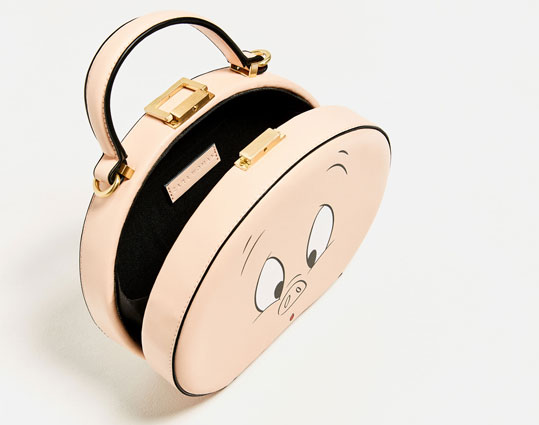 Looney Tunes miniaudiere bag at Zara