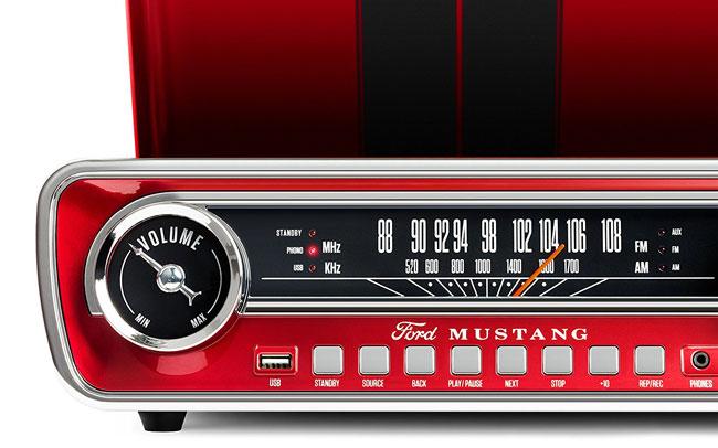 ION Audio Mustang Retro 1965 audio system