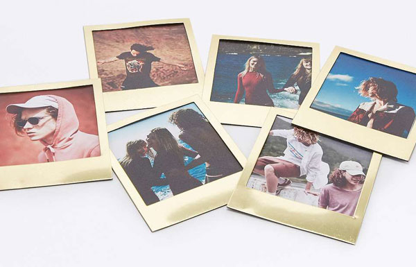 Polaframes - Polaroid-style photo frame magnets