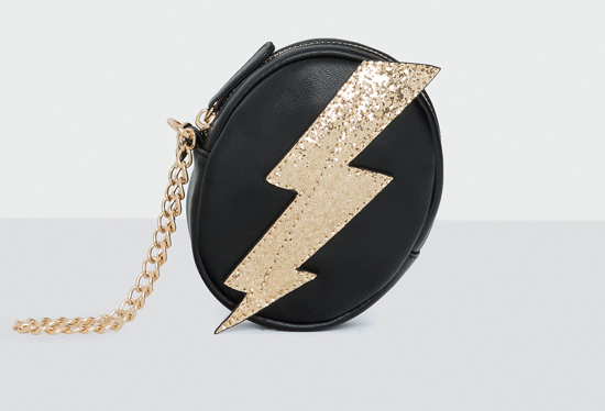 Bowie style: Lightning coin purse at Pull & Bear
