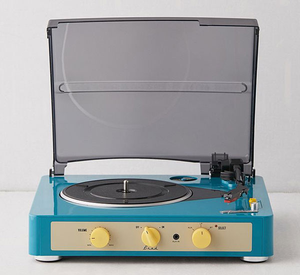 Gadhouse Brad retro record player with Bluetooth