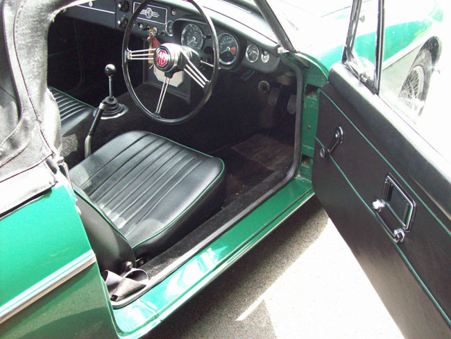 Fully restored 1966 MG MGB Roadster on eBay