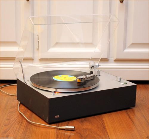 1960s Dieter Rams-designed Braun PS1000 turntable on eBay