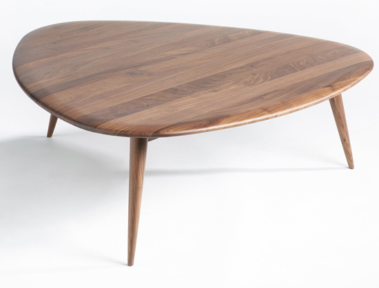 Midcentury interior theoleine large walnut coffee table for Table la redoute