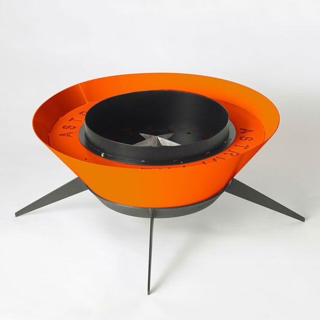 Astrofire retro-style fire pit by Modfire