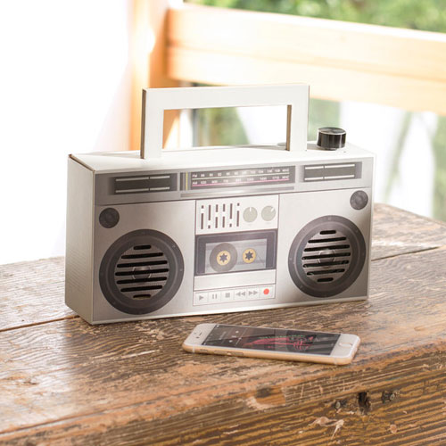 Old school project: DIY Boombox