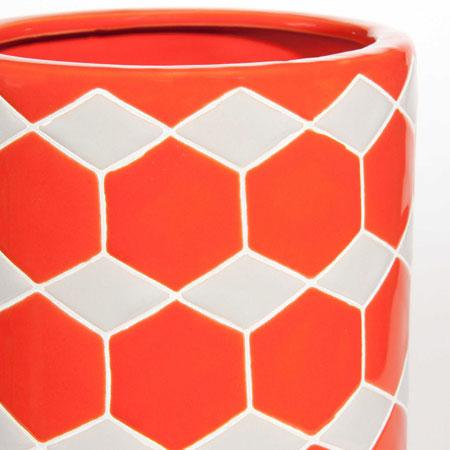 Sale spotting: 1970s-style Hexa stoneware vase at Maisons Du Monde