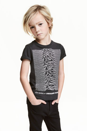 Post punk style: Joy Division Unknown Pleasures t-shirt for kids at H&M
