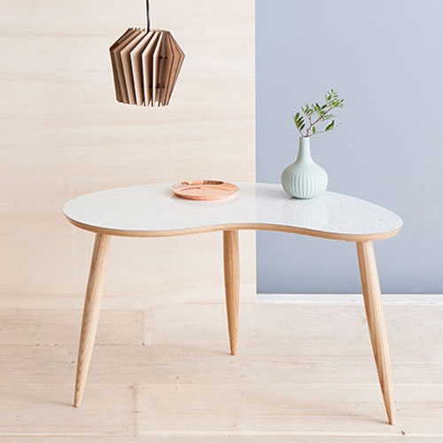 1950s-style Curvalinea Tables discounted at Monoqi