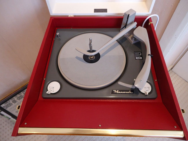 Original and restored 1960s Dansette Bermuda record player on eBay