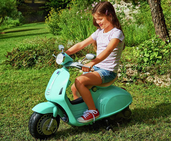 Chad Valley Retro Electric Scooter For Kids