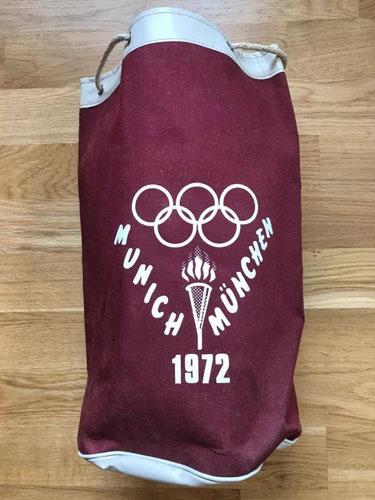 Vintage spotting: Original 1972 Olympics holdall