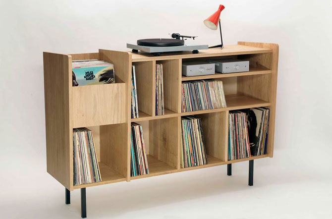 Vintage-style vinyl and record deck units by Nationale 7