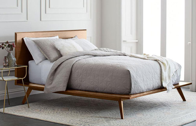 Retro bedroom: Mid-Century Platform Bed at West Elm