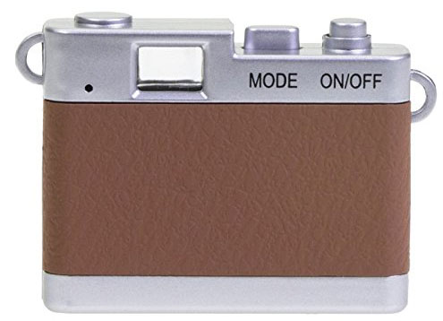Retro photography: Dorr vintage-style mini digital camera