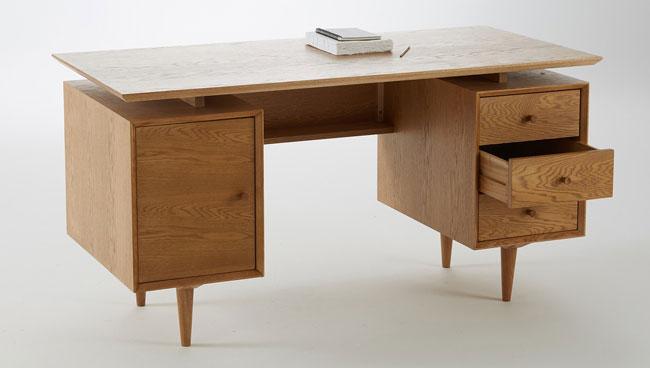 Quilda midcentury-style oak desk at La Redoute