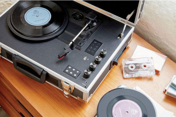 GPO Retro Flight portable record and cassette player