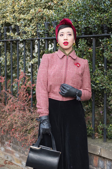 Reproduction vintage clothing retailers: House of Foxy