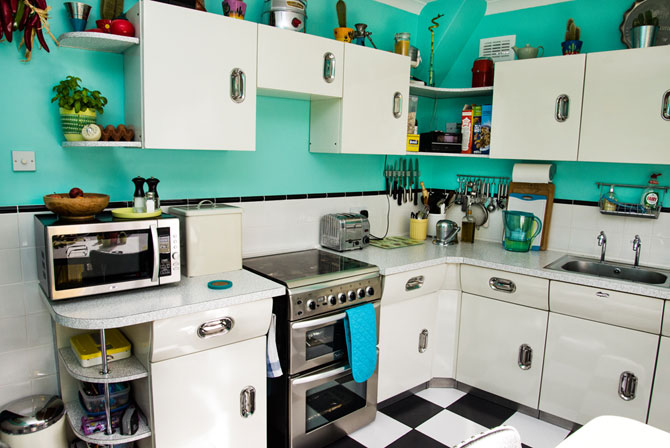 Retro Rooms: Helen's 1950s-inspired kitchen in London