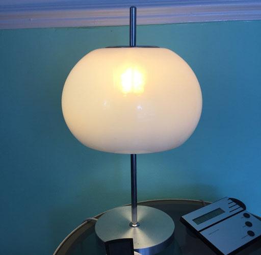 1970s Guzzini-style mushroom table lamp