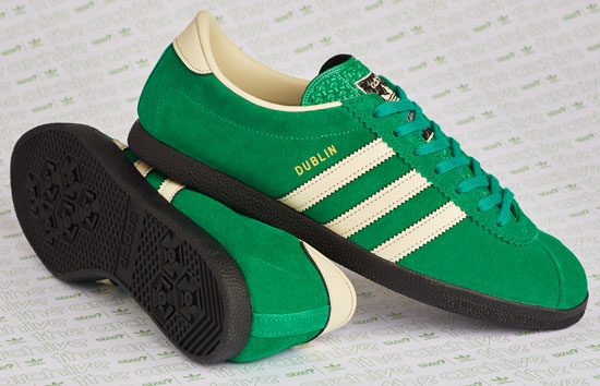 bota hipótesis Eclipse solar  Adidas Dublin trainers back with a St Patrick's Day finish - Retro to Go