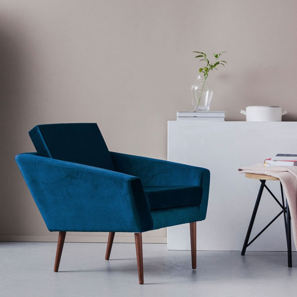 1960s-style Supernova armchair by Sternzeit Design