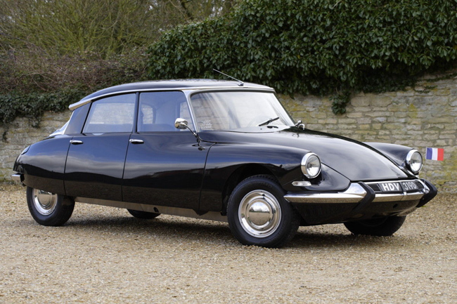 Fully restored 1966 Citroen DS21 on eBay