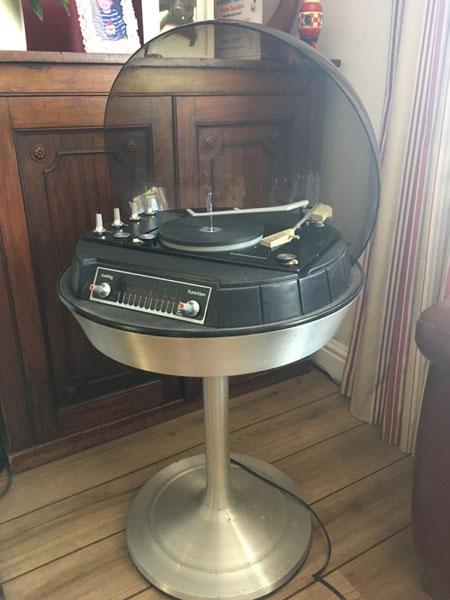 Electrohome Apollo 711 space ago audio system on eBay