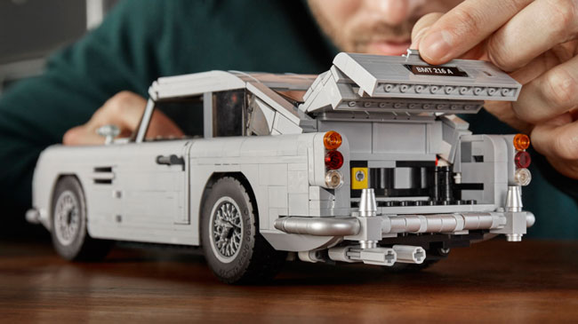 James Bond Goldfinger Aston Martin DB5 Lego set unveiled