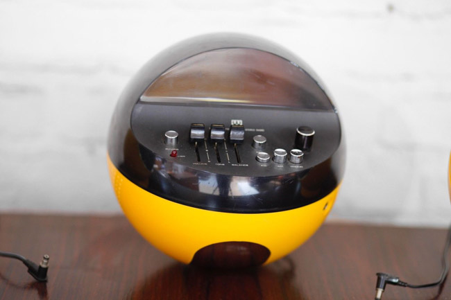 Weltron 2002 space age audio system on eBay