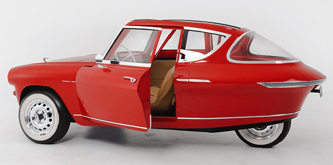 Nobe 100 1950s-style three-wheel electric car