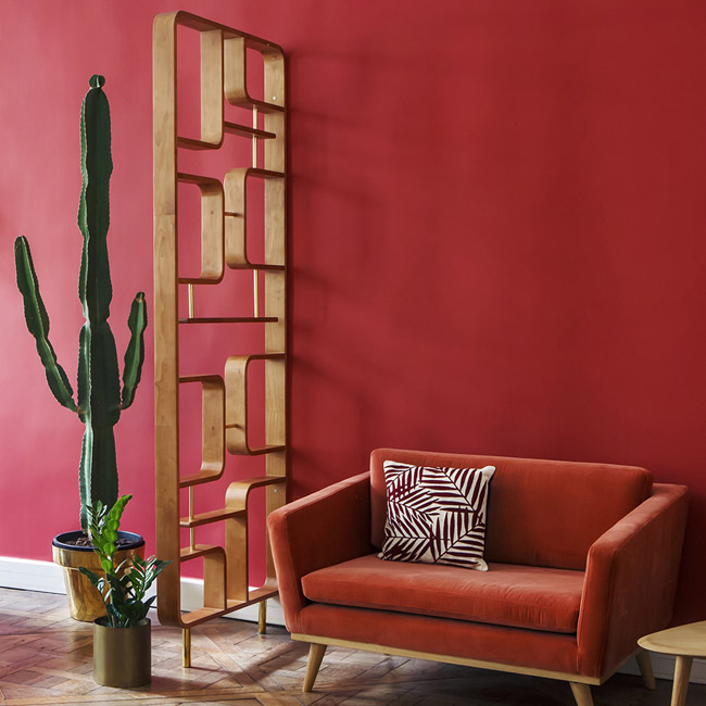 Midcentury-style solid wood divider by Red Edition
