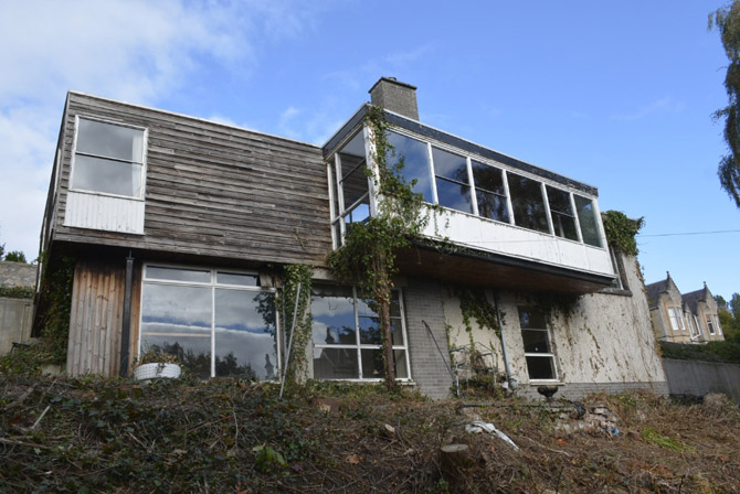 Retro renovation: 1960s modernist house in Bridge of Allan, Stirling, Scotland