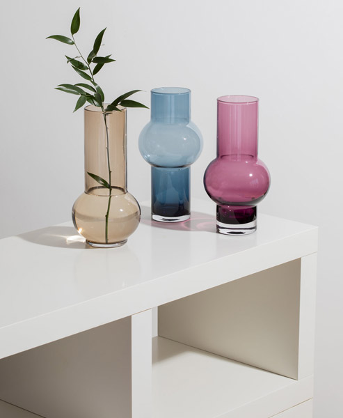 Retro glassware: Gemma Leamy vases for Dartington Crystal