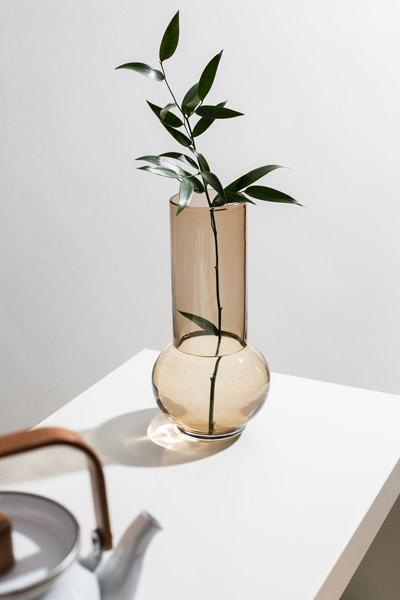 Retro glassware: Gemma Leamy vases for Dartington Crystal