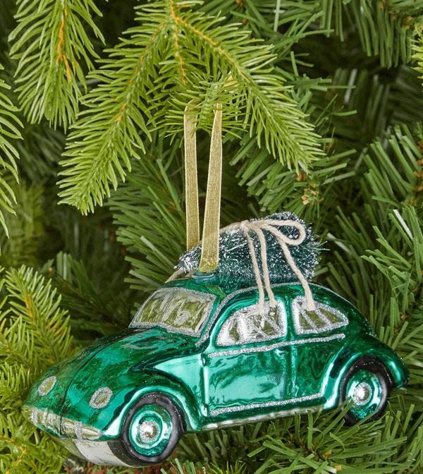21. Volkswagen Beetle Christmas decoration