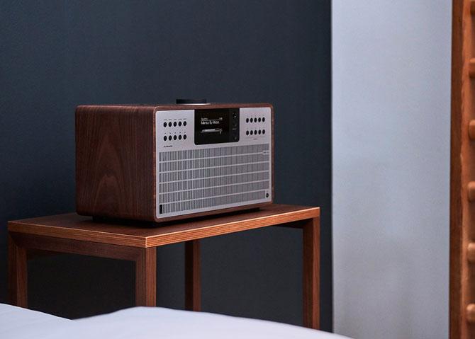 4. Revo retro SuperCD audio system