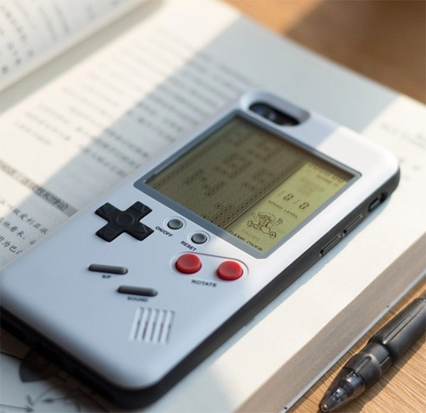 Retro gaming: Tetris iPhone case at Fancy
