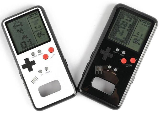 Retro gaming: Tetris iPhone case at Fancy